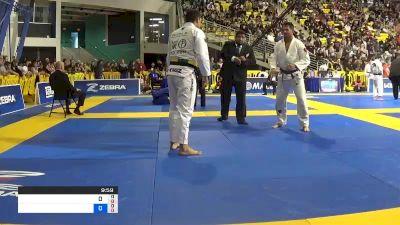 ELIOT ANDREW KELLY vs HELTON JOSE MENDES DA SILVA JUNI 2019 World Jiu-Jitsu IBJJF Championship