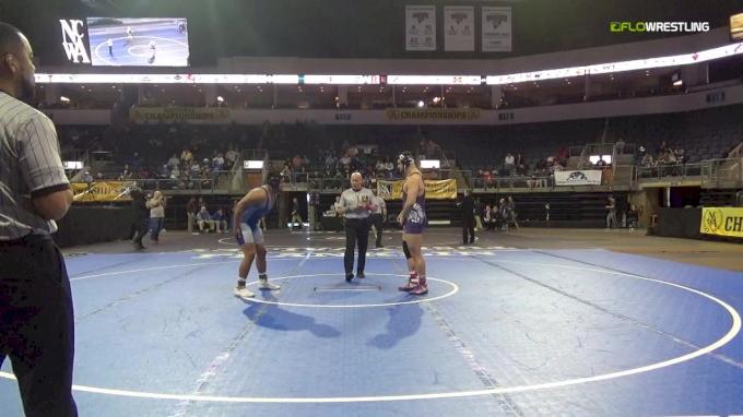 235 lbs 3rd Place - Giovanni Guarnero, Winona State