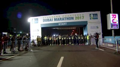 Kenenisa Bekele fall at the start of Dubai Marathon