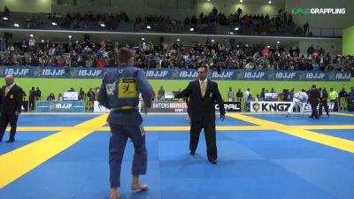 Ilke Bulut vs Andris Brunovskis IBJJF 2017 European Championships