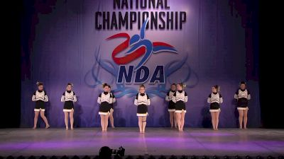 Dyersburg High School [Small Varsity Pom Finals - 2017 NDA National Championship]