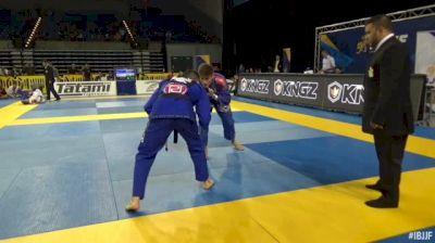 Alexandre De Souza Vieira vs Bruno Frazatto Xavier C. Barbosa IBJJF 2017 Pan Jiu-Jitsu Championship