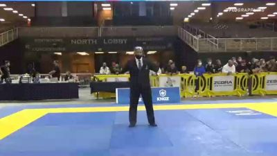 HECTOR JESUS RODRIGUEZ vs JORGE LUIS CABRERA 2020 World Master IBJJF Jiu-Jitsu Championship