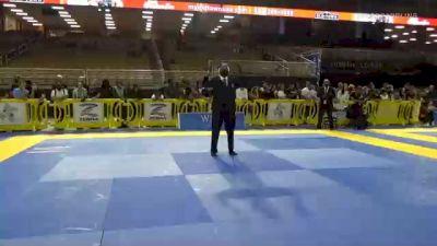 LUCAS SETTE C. VALENTE TOBIAS vs LUCAS BENÉVOLO VALLE 2020 Pan Jiu-Jitsu IBJJF Championship