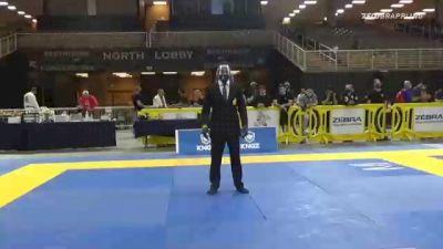 PAIGE STEWART PHILLIPS vs SANDRA PITA MENDES CONGILIO 2020 World Master IBJJF Jiu-Jitsu Championship