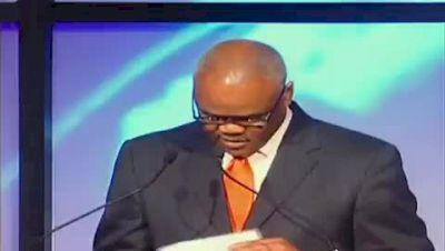 Ngoni Makusha acceptance speech after Bowerman Award 2011