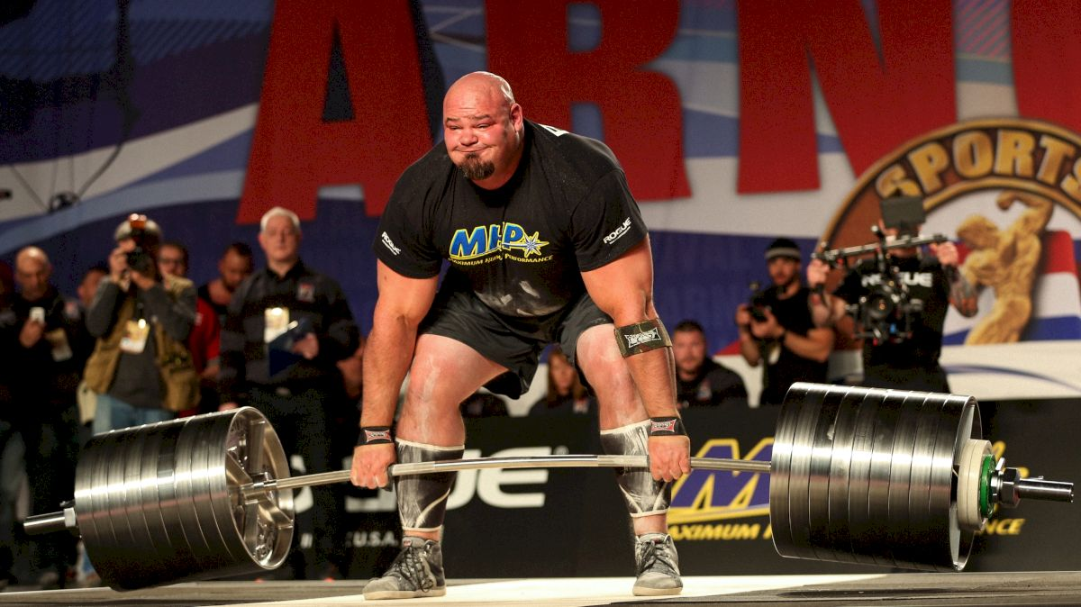Brian Shaw deadlifts at the 2016 Arnold Classic