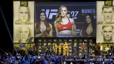 UFC 207 Weigh-In Highlights: Ronda Rousey Makes Weight, Johny Hendricks Misses
