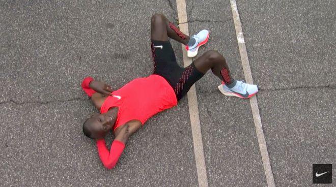 Eliud Kipchoge Runs 2:00:25 at Nike's Breaking2 Event
