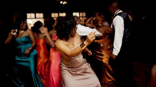 Top 5 Wedding Line Dances