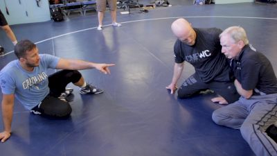 Coach Lowrance Going Over Single Leg Finishes With Coleman Scott