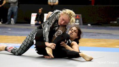 Mackenzie Dern vs Elvira Karppinen ADCC 2017 World Championships