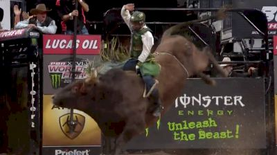 Chasing No. 1: Jess Lockwood Wins Round 3 Of PBR World Finals With 92-Point Ride