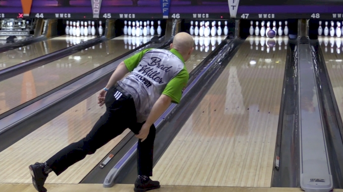 Miller Closes Round 1 With 300 At Players