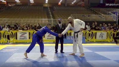 MAX DOS SANTOS GIMENIS vs GUSTAVO ESPINDOLA BATISTA 2020 Pan Jiu-Jitsu IBJJF Championship