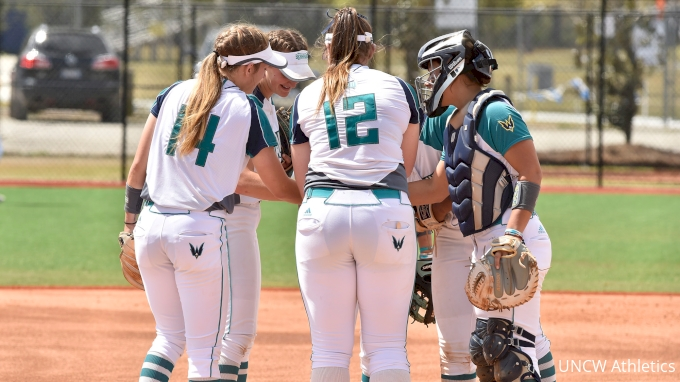 picture of 2020 UNCW Softball Intrasquad Scrimmage - Game 1