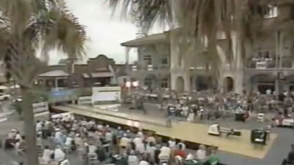 Stars Recall Bowling Outdoors 20 Years Ago In The Villages
