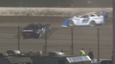 Kyle Larson Spins Out of the Top-5 in the Dirt Late Model Dream
