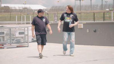 Tony Stewart & Scott Bloomquist Go One-On-One At Eldora Speedway