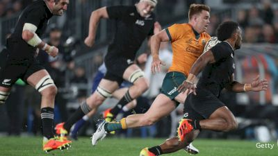 Australia Scores On An Amazing Try