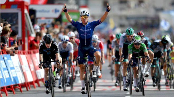 Jakobsen Wins Vuelta Sprint To Reclaim Green Jersey