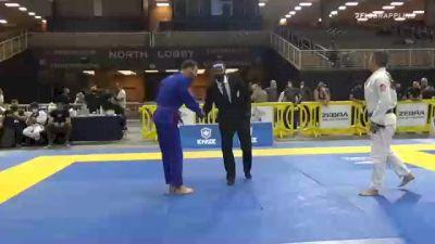 KENNETH THOMAS KRANZMAN vs KY T NGUYEN 2020 World Master IBJJF Jiu-Jitsu Championship