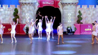 Lake Forest High School [2020 Medium Jazz Finals] 2020 UDA National Dance Team Championship