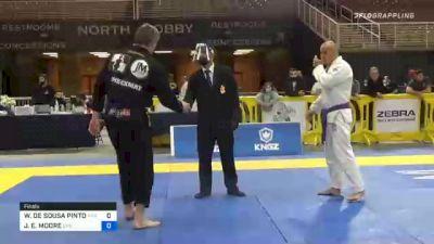 WENDERSON DE SOUSA PINTO vs JEREMY E. MOORE 2020 World Master IBJJF Jiu-Jitsu Championship