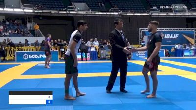 FELIPE CESAR SILVA vs OLIVER JOHNATHON LOVELL 2019 World IBJJF Jiu-Jitsu No-Gi Championship