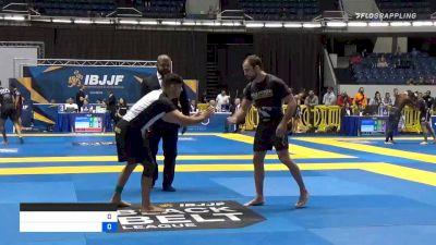 FABIO MURAT CALOI vs JOHNNY TAMA 2019 World IBJJF Jiu-Jitsu No-Gi Championship