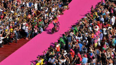 Replay: Giro d'Italia Team Presentation