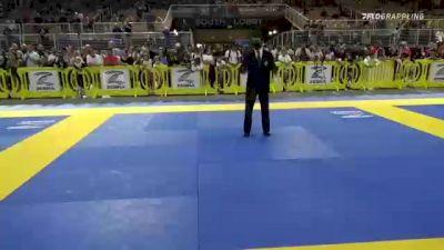 BRANDON LIMA SAREH vs FEANIX DOMINIC JAKS 2021 Pan Kids Jiu-Jitsu IBJJF Championship