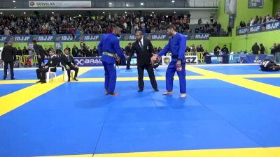 JACKSON SOUSA DOS SANTOS vs FELLIPE UBAIZ TROVO 2020 European Jiu-Jitsu IBJJF Championship