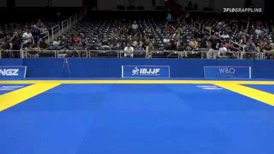 DORIAN MICHAEL OLIVAREZ vs BRAYDEN KENNETH WOLFE 2021 World IBJJF Jiu-Jitsu No-Gi Championship