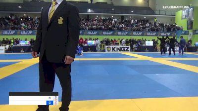 PEDRO HENRIQUE vs ISAQUE BAHIENSE 2019 European Jiu-Jitsu IBJJF Championship