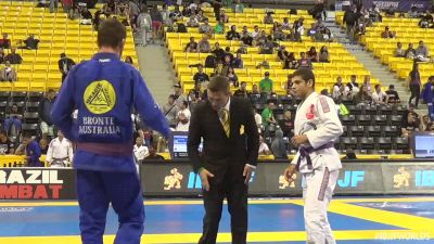 Italo Moura vs Hugh Fletcher IBJJF 2016 Worlds