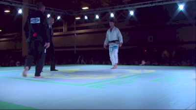 Dustin Snow vs Chris Hoddy Fight To Win Pro 6