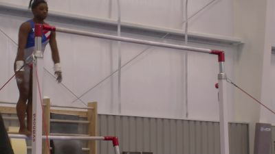 Simone Biles Sticks a Bar Dismount