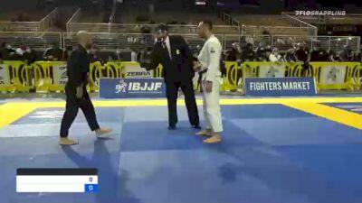 JOAO PEREIRA vs JUAN RAUL SEVILLANO LOPEZ 2020 World Master IBJJF Jiu-Jitsu Championship