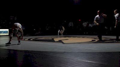 125 lbs - Brandon Paetzell (Lehigh) vs Trey Chalifoux (Army)