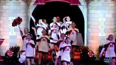 MacArthur High School (NY) [2019 Medium Varsity Division II Finals] 2019 UCA National High School Cheerleading Championship