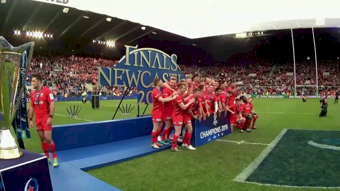 Saracens Players Lift Cup Trophy