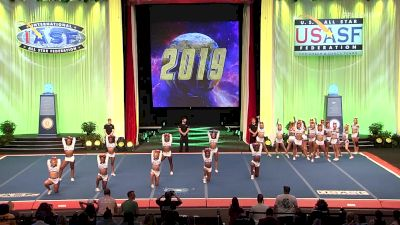 A Look Back At The Cheerleading Worlds 2019 - Senior Open Medalists