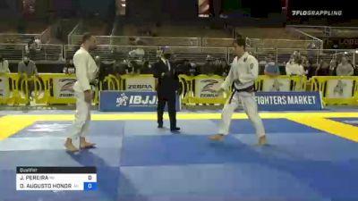 JOAO PEREIRA vs OSVALDO AUGUSTO HONORIO MOIZINHO 2020 World Master IBJJF Jiu-Jitsu Championship
