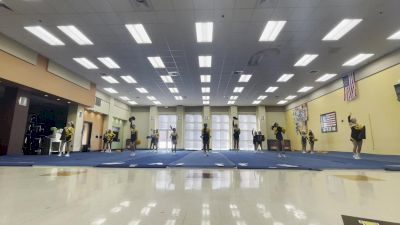 DIberville High School [Varsity - Crowd Leading] 2021 UCA & UDA Game Day Kick-Off
