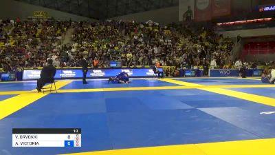 VENLA ORVOKKI LUUKKONEN vs ALISON VICTORIA TREMBLAY 2019 World Jiu-Jitsu IBJJF Championship