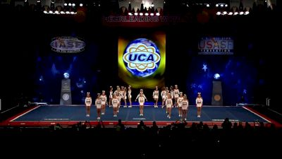 KC Cheer - Fearless [2018 Senior Medium All Girl Semis] The Cheerleading Worlds