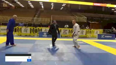 JOHN D GRUSEMEYER JR vs DAVID EUGENE BROWN 2020 World Master IBJJF Jiu-Jitsu Championship