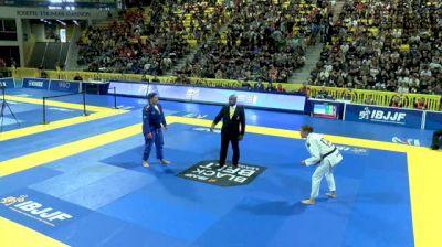 VENLA LUUKKONEN vs TAYANE PORFIRIO 2018 World IBJJF Jiu-Jitsu Championship