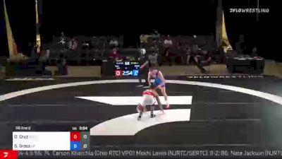 57 kg Rr Rnd 2 - Darian Cruz, Wolfpack RTC vs Seth Gross, Cliff Keen Wrestling Club